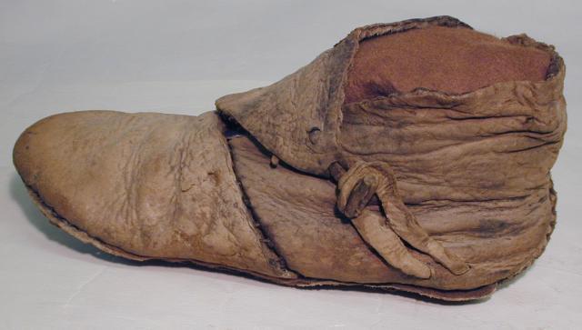 Footwear Friday: Dwarven Boots