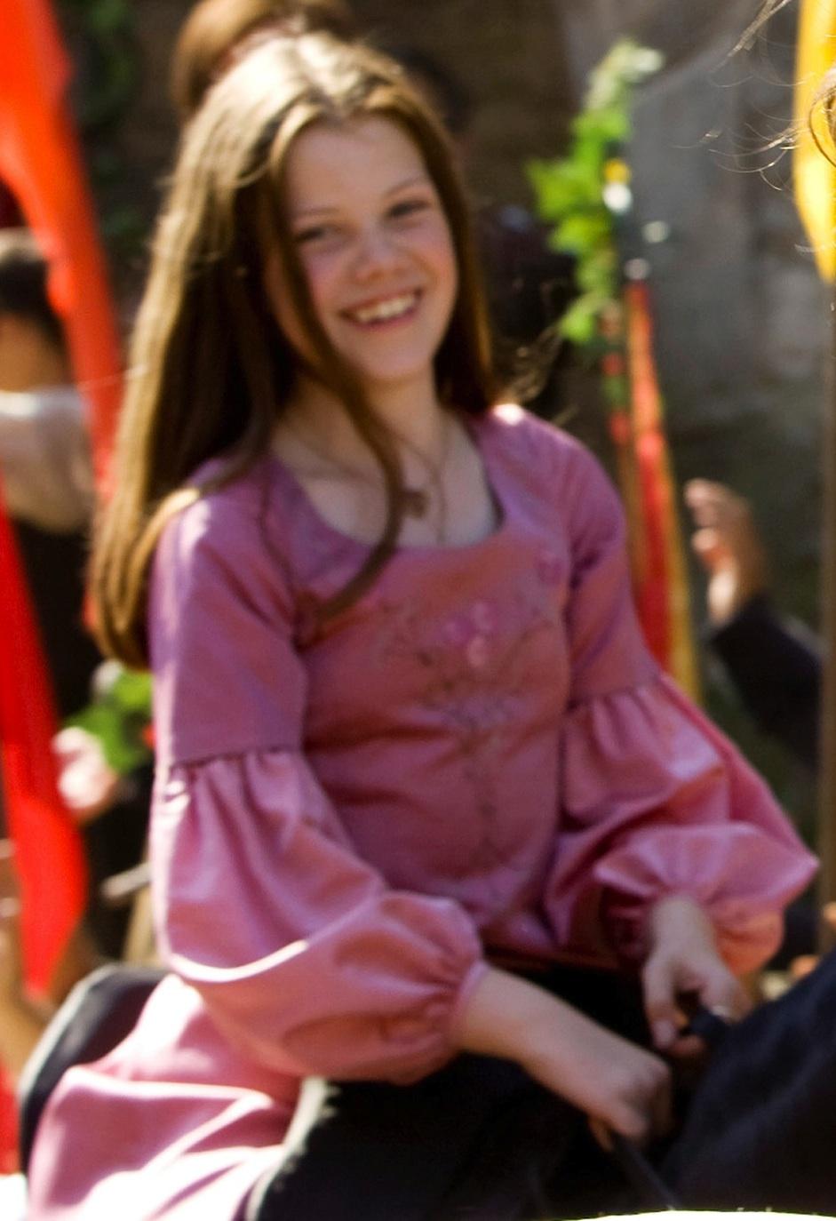 Kirsten dunst marie antoinette 2006 - 3 part 4